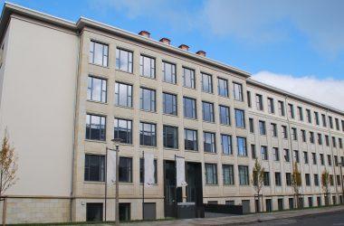 Gebäudeansicht der Evangelischen Hochschule Dresden