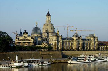 Gebäudeansicht der Hochschule für Bildende Künste Dresden