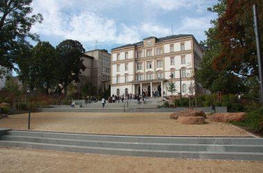 Gebäudeansicht der Hochschule Mittweida