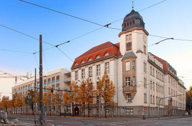 Gebäudeansicht der Hochschule für Technik, Wirtschaft und Kultur Leipzig